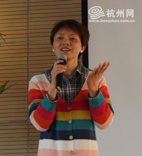 采荷实验学校 副校长 王丽丽 小升初 讲座 杭州网